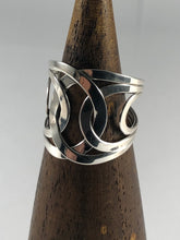Load image into Gallery viewer, Sterling Silver Ring SR00014