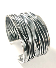 Load image into Gallery viewer, Sterling Silver Braceletes