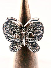 Load image into Gallery viewer, Butterfly Sterling Silver Ring SR00002
