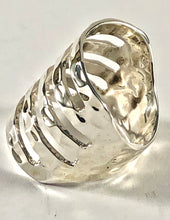 Load image into Gallery viewer, Sterling Silver Ring SR00019