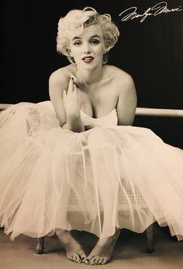 Marilyn Monroe - Ballerina Red Lips