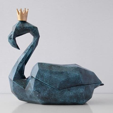 Flamingo Tissue Holder - Decorative & Luxury home decor resin statue
