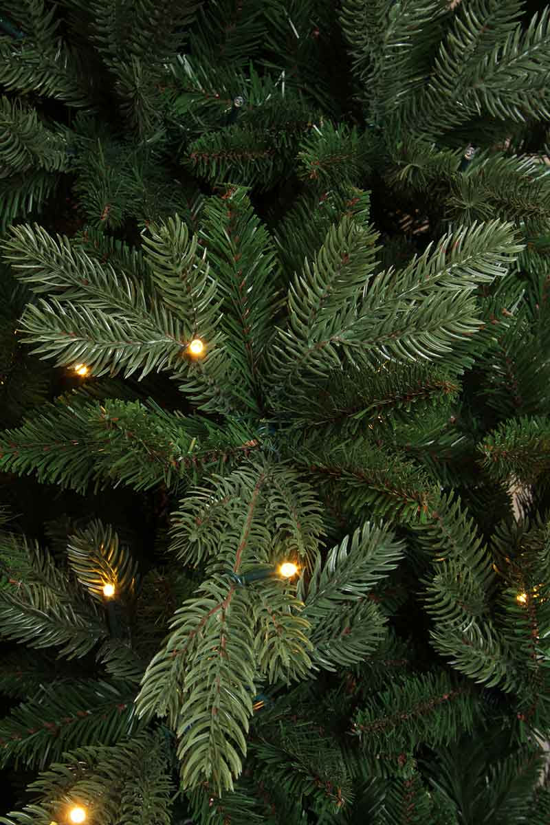 Triumph Tree kunstkerstboom led emerald pine maat in cm: 215 x 109 groen 216 lampjes