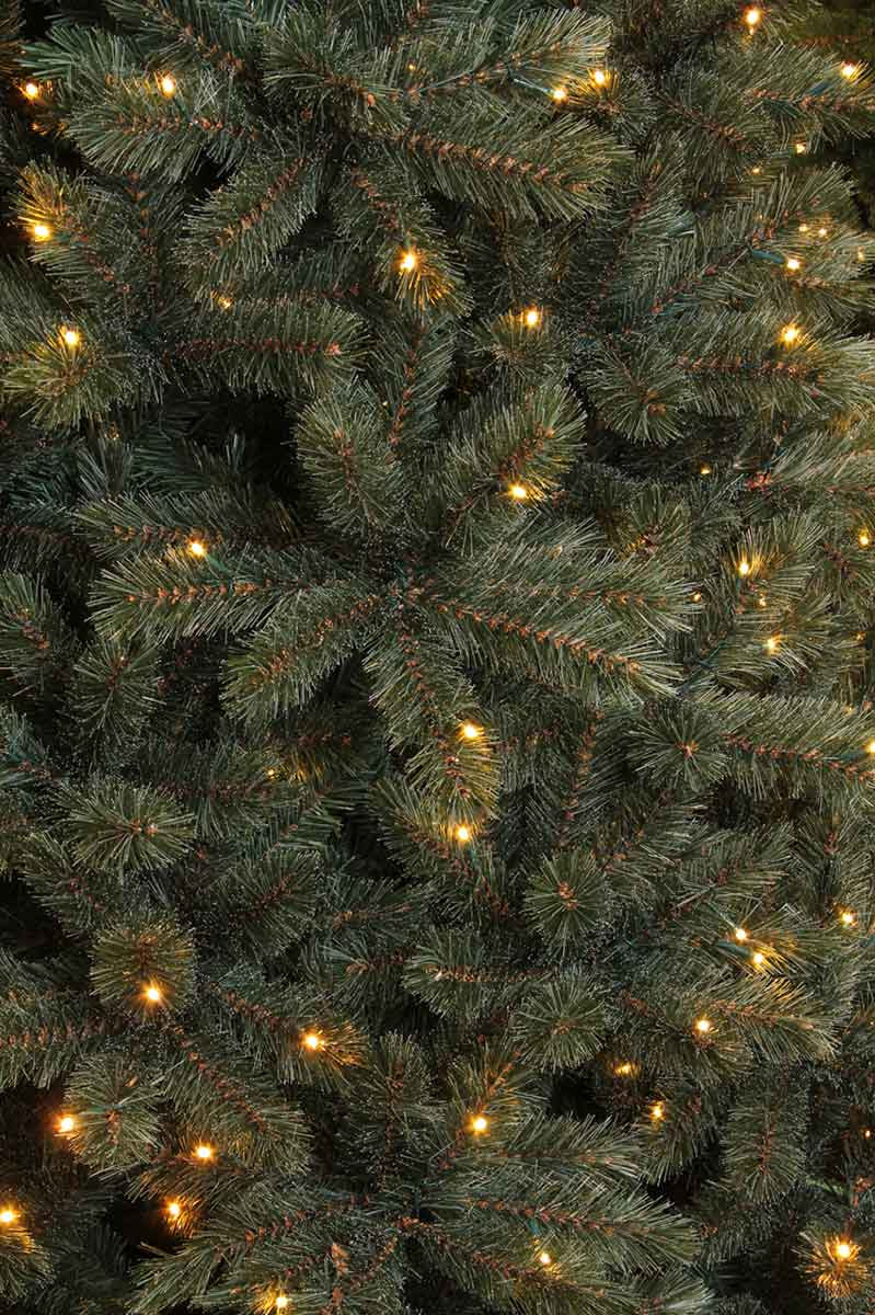 Triumph Tree kunstkerstboom led forest frosted maat in cm: 260 x 168 newgrowth blue 480 lampjes