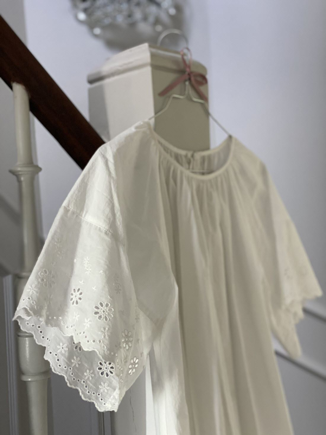 Fifi Bomuldskjole M. Broderie Anglaise - White