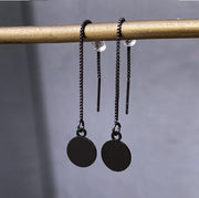 Chain earrings with circle pendant