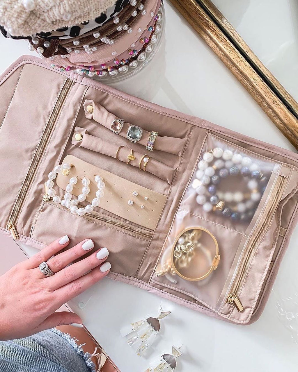 ALVANDE™  Travel Jewelry  Organizer