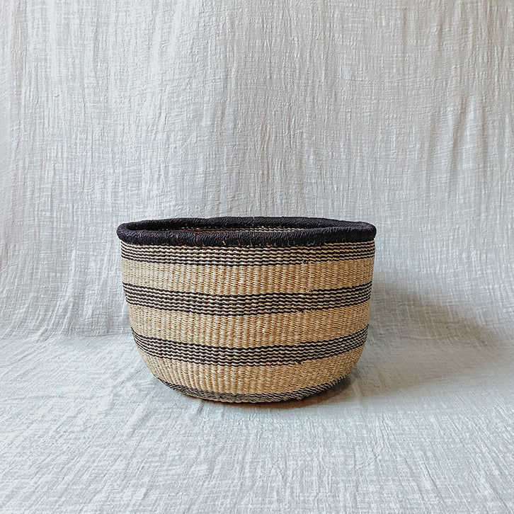Medium Elephant Grass Storage Basket 03