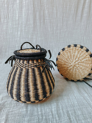 Kunkolo Crossed-Body Basket Bag