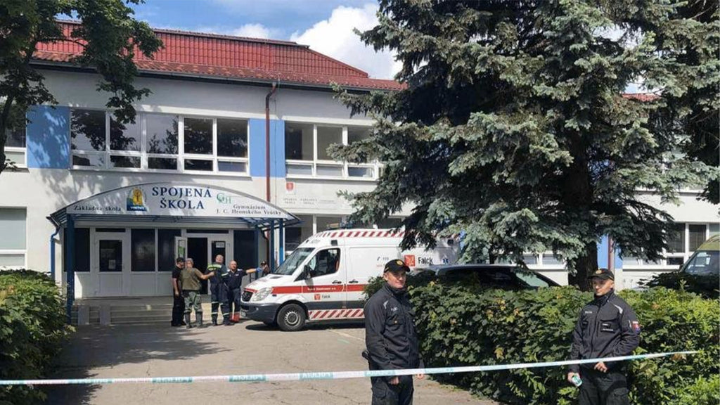 Knife attack on school in Slovakia: teacher killed, assailant killed by police