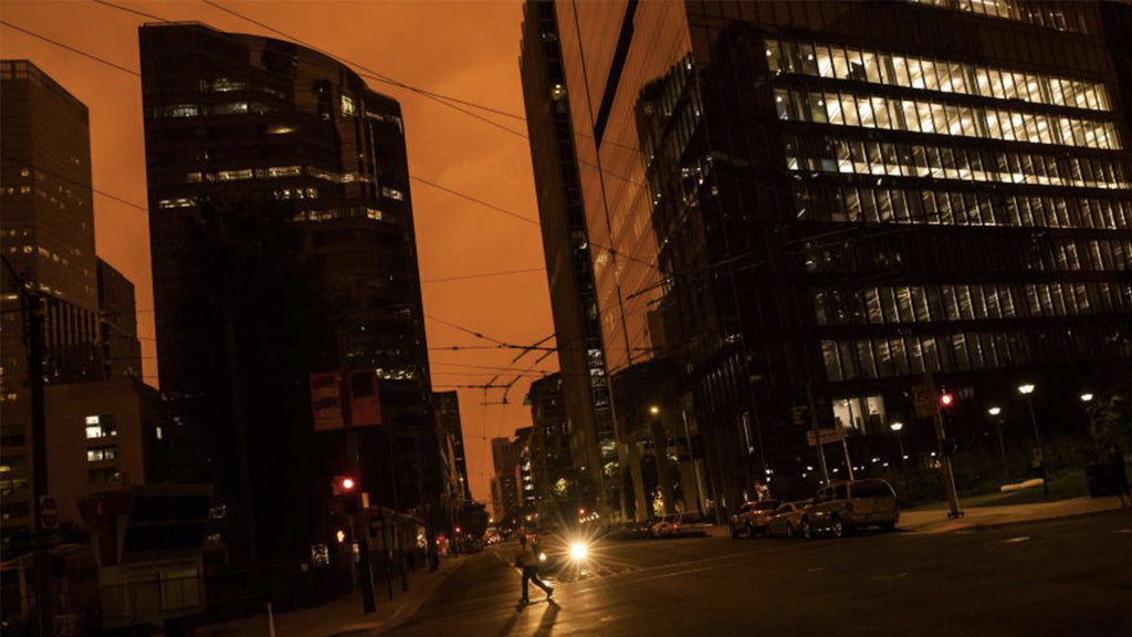Apocalypse skies in San Francisco due to historic fires