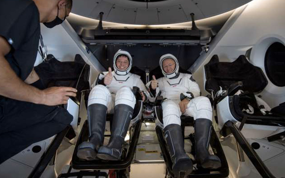 Return to Earth of the two American astronauts, aboard the SpaceX capsule