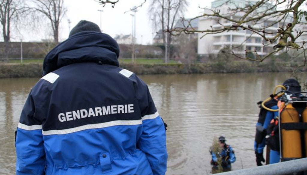 Body of baby found floating in canal in northern France wrapped in sports bag: 37-year-old woman in custody!