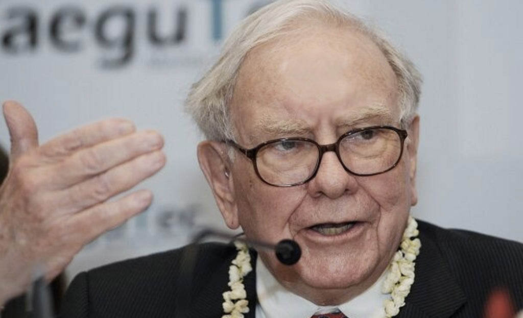 Warren Buffett's fortune passes the $100 billion mark