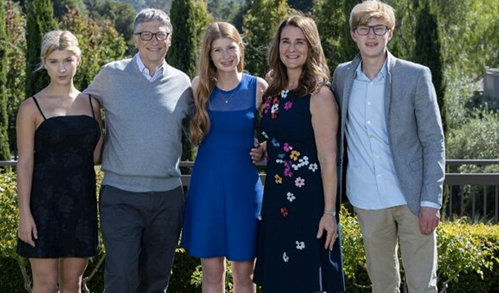 Jennifer, the eldest daughter of Bill and Melinda Gates, reacts to the announcement of her parents' divorce