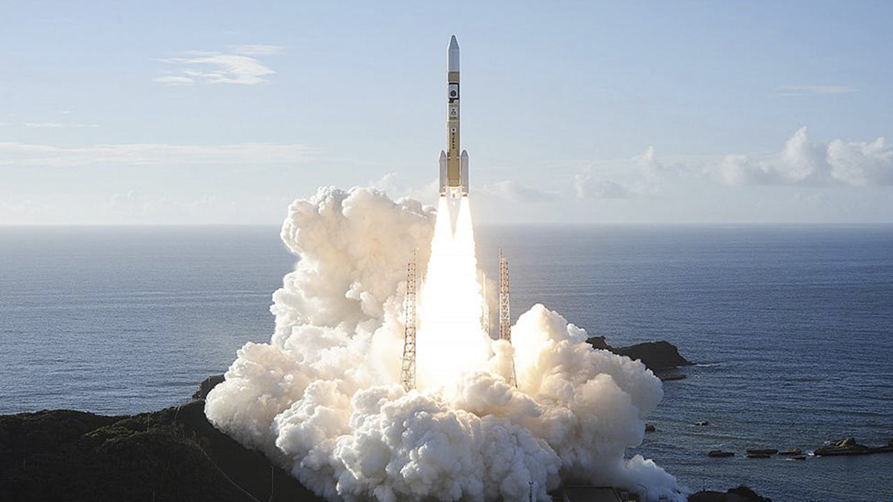 "The Emirati probe ""Al-Amal"" (Hope), the first Arab interplanetary mission, was launched on Monday successfully from Japan, on its way to the orbit of Mars, of which it will provide images to better understand its atmosphere and climate."