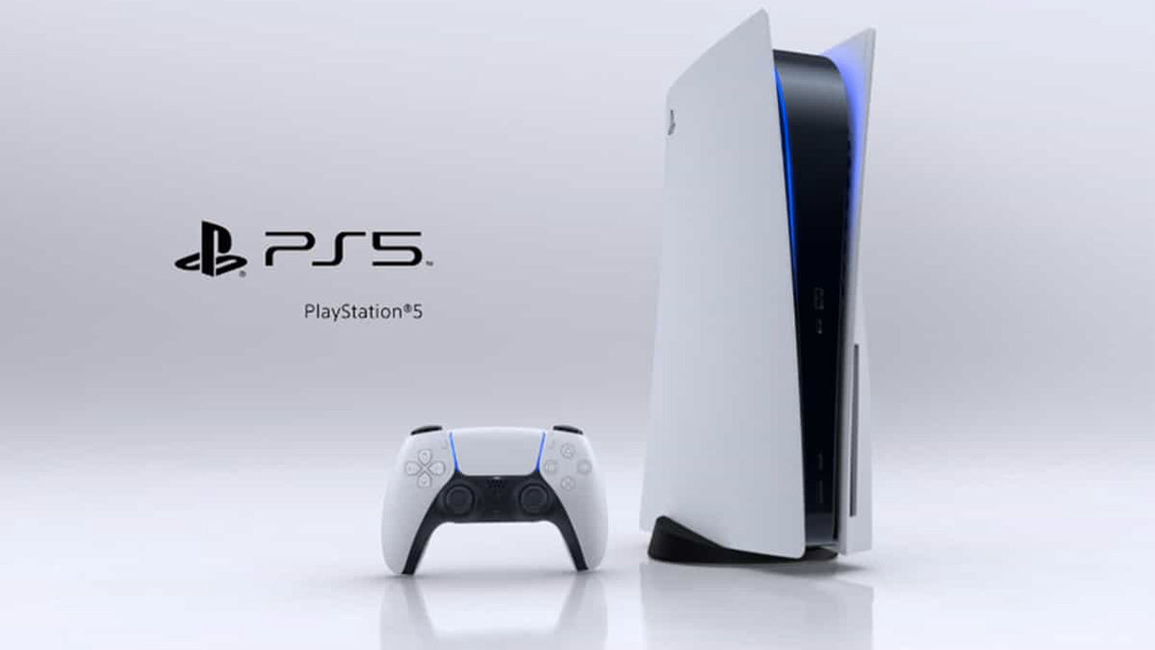 Net Worth Space | The PS5 is finally revealed! Sony indeed took advantage of the last moments of the conference to lift the veil on the first images of its new home console. Ultra futuristic, the Playstation 5 gives way to white and sharp lines. Like its rival the Xbox Series X, it is built vertically.