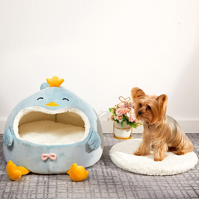 Cute Chicken Penguin Shaped Cat House