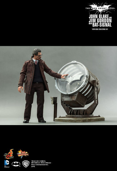 Hot Toys DC The Dark Knight Rises 1/6 Scale Collectible Figure - John Blake and Jim Gordon (with Bat-Signal) - Simply Toys