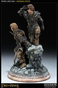 Sideshow Collectibles The Lord of the Rings Premium Format Statue - Frodo and Samwise - Simply Toys