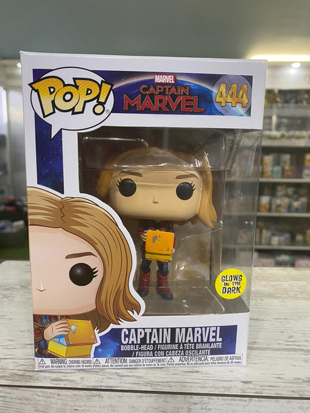 Funko Pop! MARVEL - Captain Marvel #444 - Captain Marvel (with Cube) (Glow In The Dark) - Simply Toys
