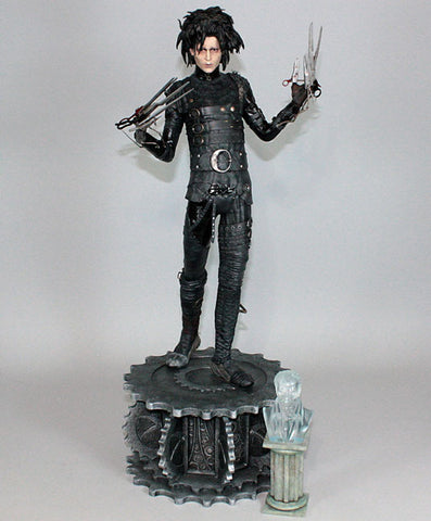 Hollywood Collectibles Group 1/4 Scale Statue - Edward Scissorhands - Simply Toys