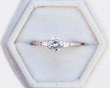 Load image into Gallery viewer, Moissanite and diamond five stone engagement ring