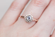 Load image into Gallery viewer, OEC moissanite halo leaf engagement ring