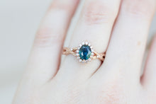 Load image into Gallery viewer, 1.25ct deep teal twisted leaf halo ring