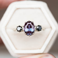 Load image into Gallery viewer, Alexandrite diamond three stone engagement ring, oval diamond ring