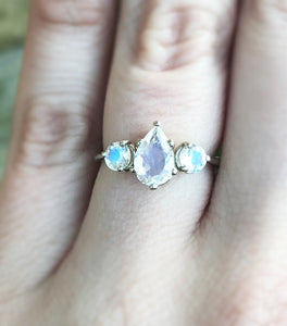 Moonstone three stone gold engagement ring, pear moonstone engagement ring, pear ring, boho ring, alternative bridal, 14k gold ring, oore