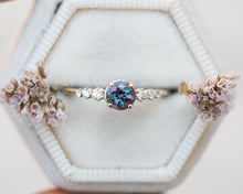 Load image into Gallery viewer, Chatham alexandrite cluster engagement ring, 5 stone diamond ring