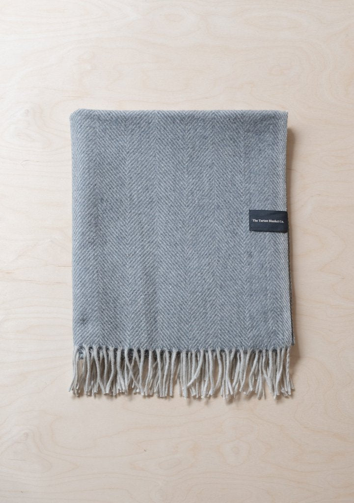 Recycled Wool Waterproof Picnic Blanket in Charcoal Herringbone