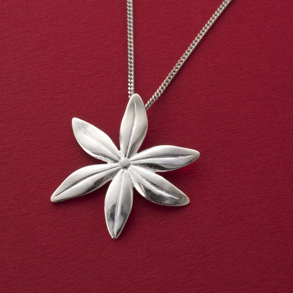Cover me in daisies large pendant in silver