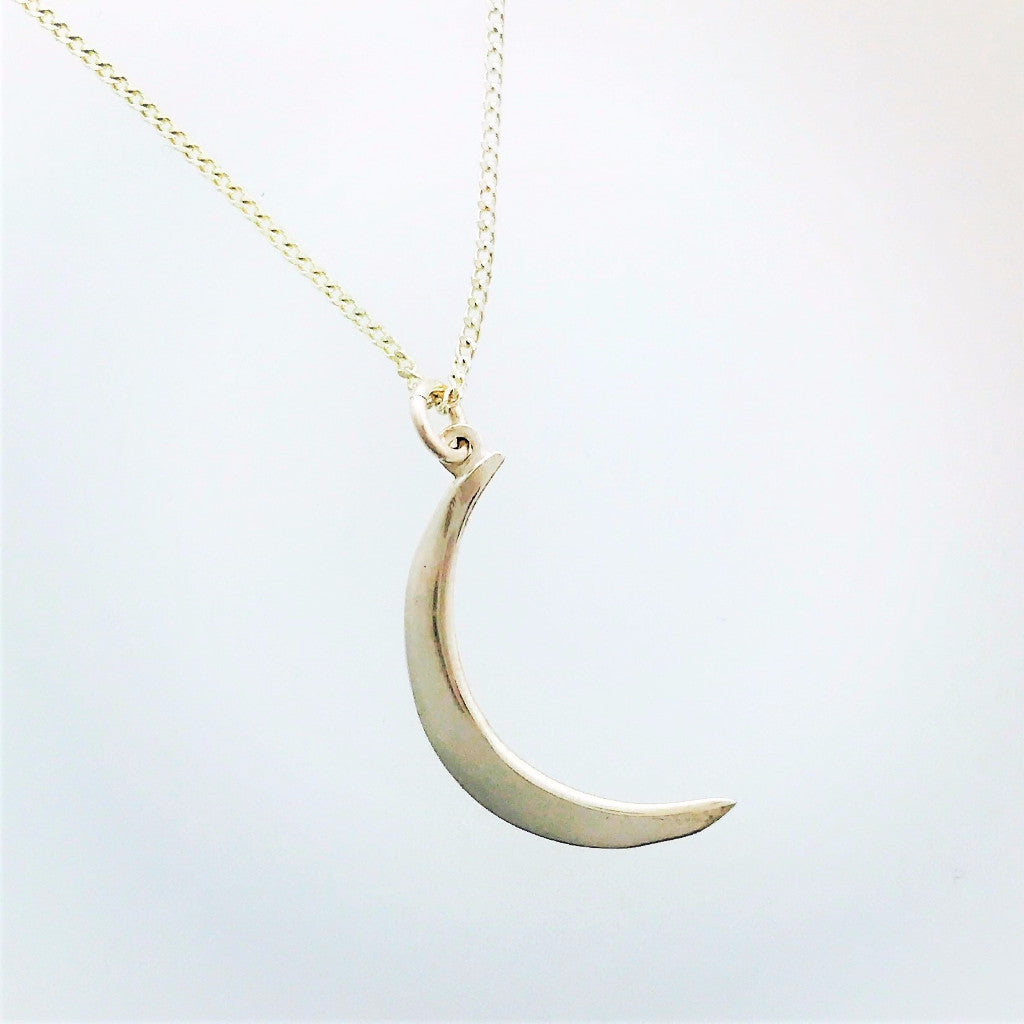 Crescent moon large pendant in silver
