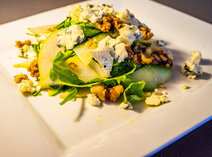 Pear, Blue Cheese & Arugula Salad with Honey White Balsamic Dressing