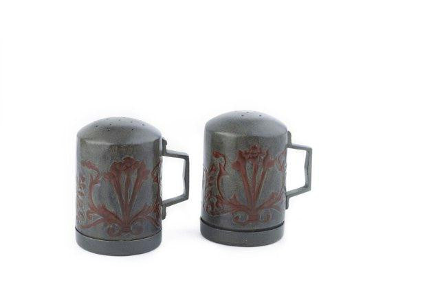 4  H. Art Nouveau Stovetop Salt-Pepper Set