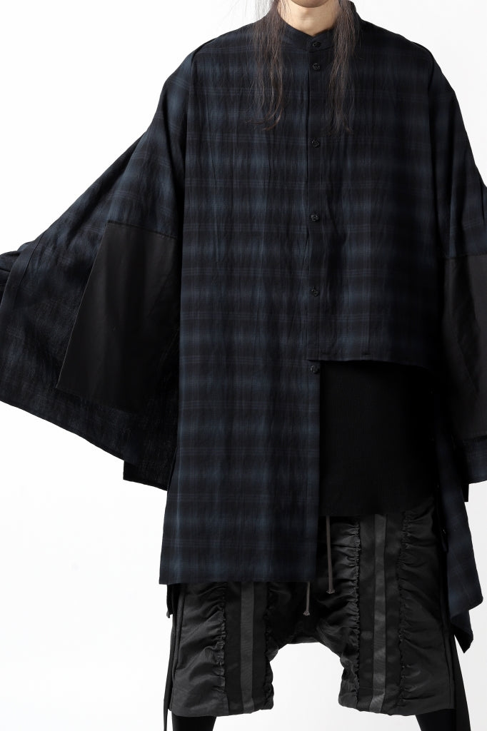 https://loom-osaka.com/collections/afartefact/products/a-f-artefact-ombre-layered-long-check-shirt-black-x-grey