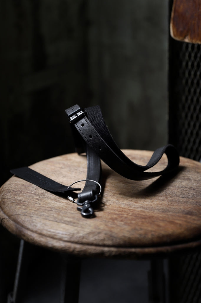 "Portaille ""Limited Made"" NECK STRAP / OIL PRESSED STEER"