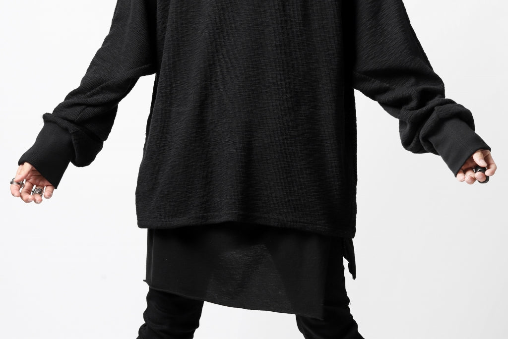 A.F ARTEFACT BOMBER PULLOVER TOPS