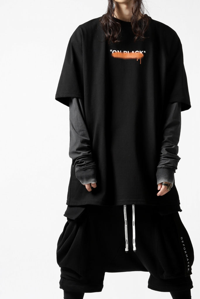 "[ T-shirt ] A.F ARTEFACT x buggy exclusive ""ON BLACK"" T-SHIRT  Price / ¥16,500 - (in tax) Size / 2, 3 (*Fitting : 3) Color / Black x Orange Material / Luxury Jersey (Cotton)  [ Inner-LS Tops ] 11 BY BORIS BIDJAN SABERI LONG SLEEVE ""LS1B-F-1101"" (ACID GREY) Price / ¥31,900 - (in tax) Size / XS, S (*Fitting : S) Color / Acid Grey Material / Smooth Cotton Jersey (Cold Dye)"