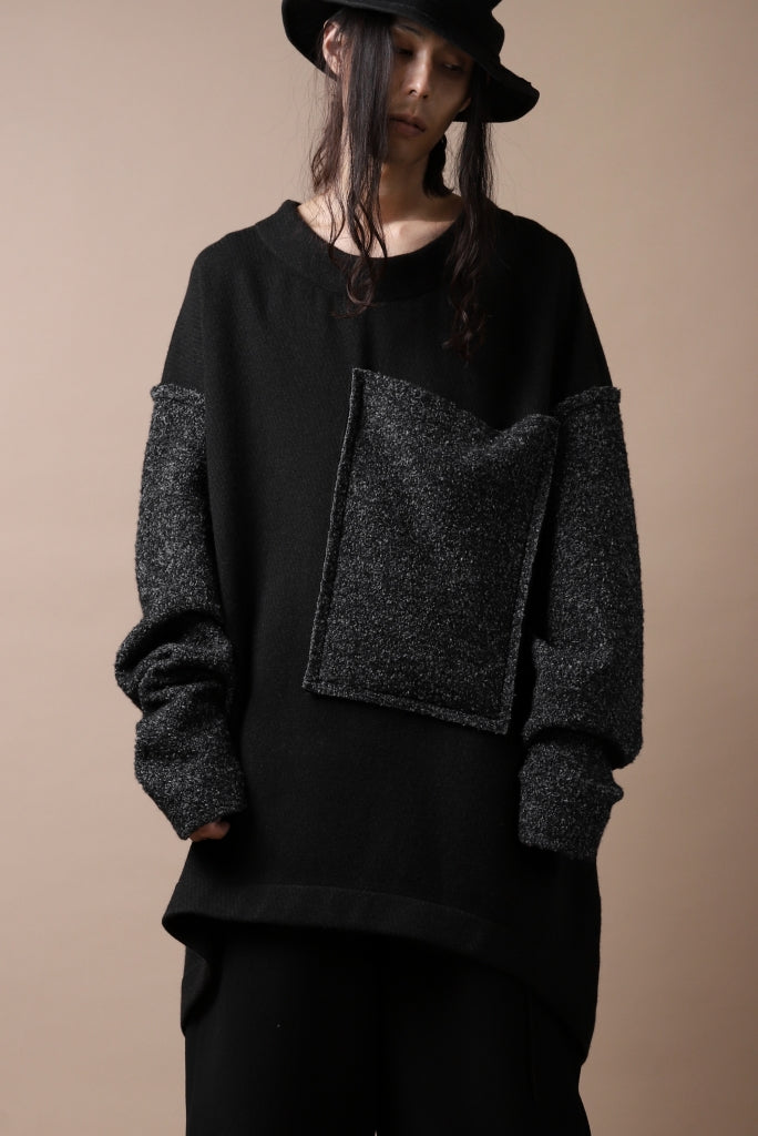 [ Tops ] SOSNOVSKA ATTACHED POCKET KNIT SWEATER Price / ¥62,700 - (in tax) Size / S(*One Size) Color / Black Material / Woven (Wool,Cashmere,Elastane)