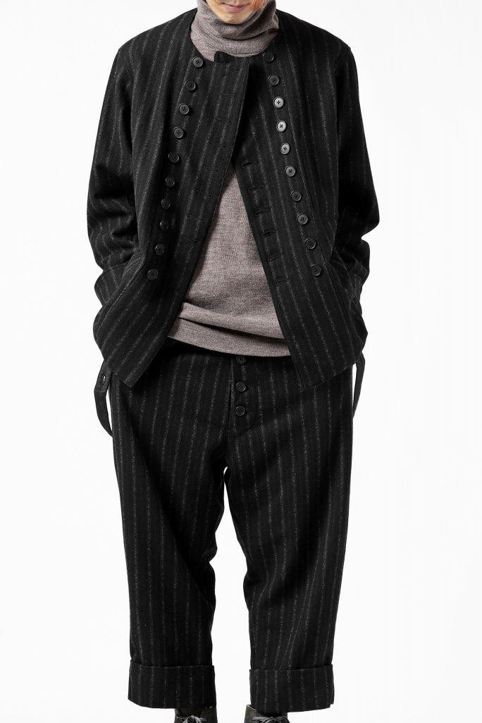 STYLING - New Arrival | KLASICA - Short Jacket and Trousers.