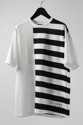 """A.F ARTEFACT """"DIVISION"""" BOXY FIT TEE"""