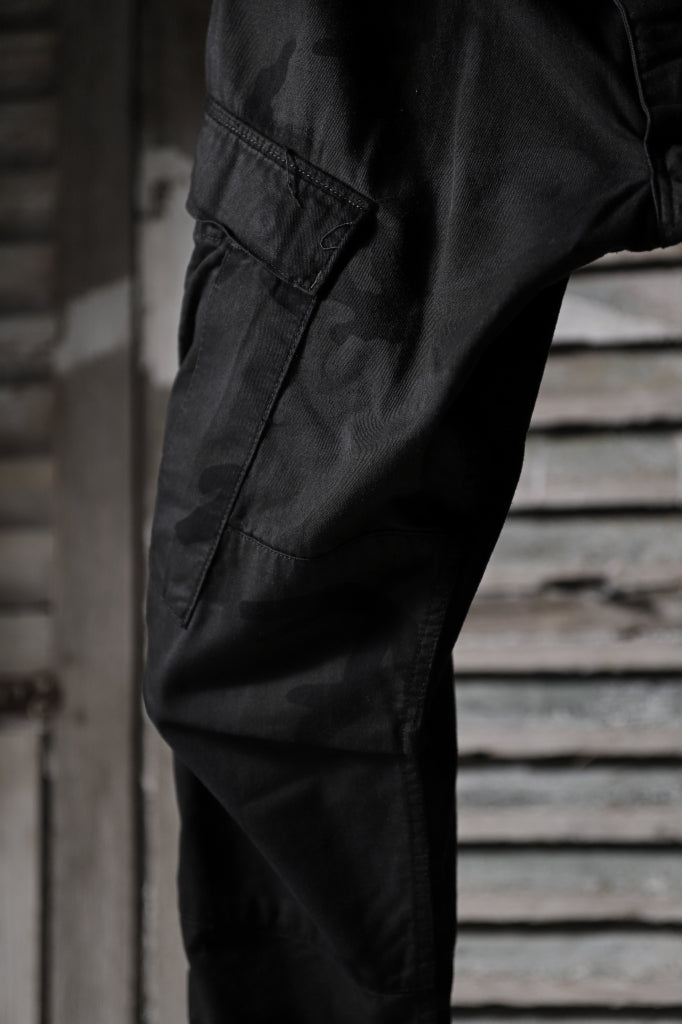 CHANGES VINTAGE REMAKE MILITARY CARGO TAPERED PANTS / WOODLAND CAMO_A