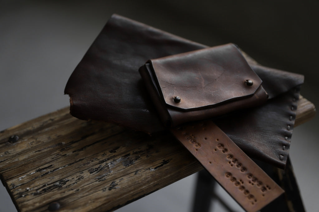 Chörds; TR CARD CASE / HORSE BUTT LEATHER