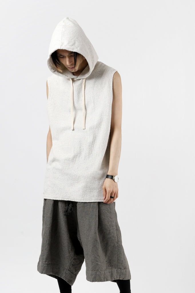 ISAMU KATAYAMA BACKLASH SLEEVELESS HOODIE