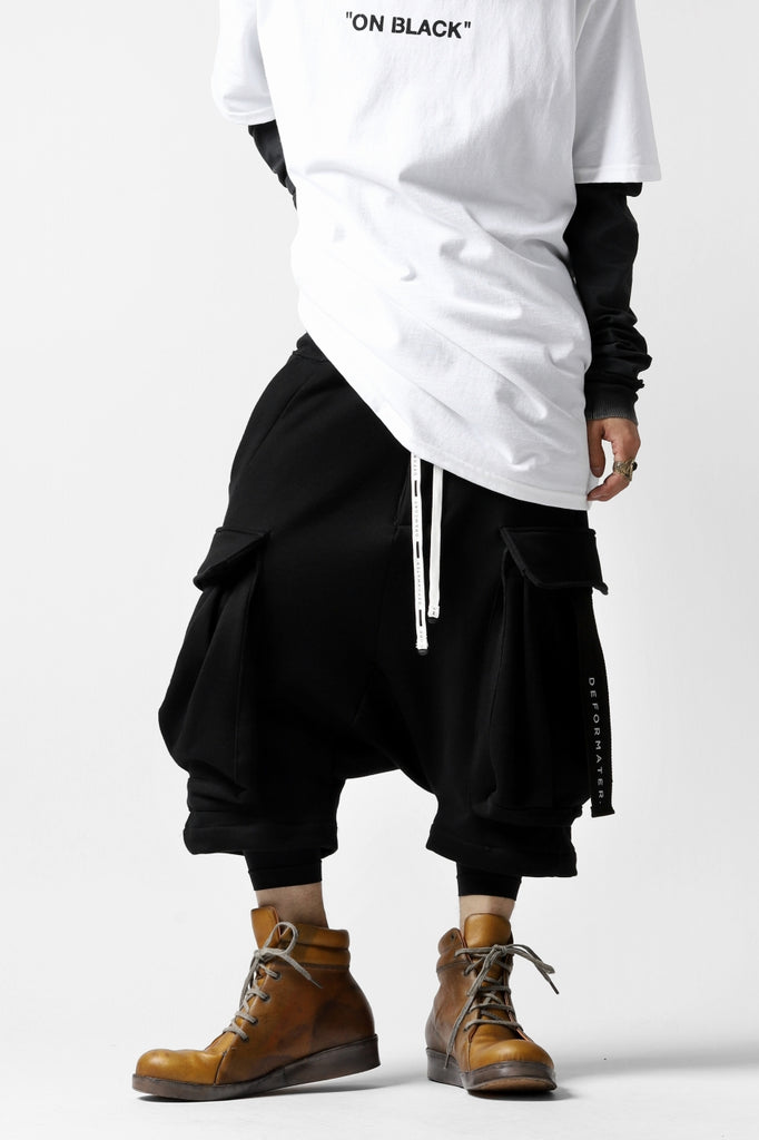 DEFORMATER.® HANGING DROP CROTCH CARGO SHORTS / COTTON SWEAT (BLACK)