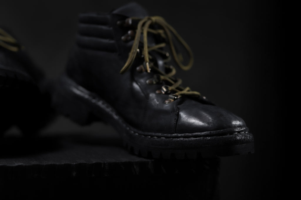 incarnation HORSE LEATHER TREK BOOTS / VIBRAM GOODYEAR WELTED