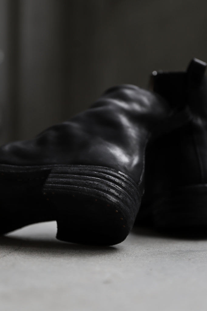 incarnation exclusive HORSE LEATHER SIDE ZIP BOOTS / PIECE DYED